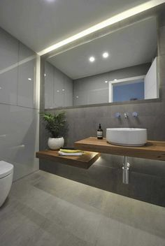 Badezimmer modernes Design - Waschtischplatte aus Massivholz Acne Care Skin Treatment There are many Modern Bathrooms Interior, Modern Bathroom Design, Bathroom Interior Design, Modern Design, Interior Livingroom, Modern Toilet Design, Toilet Tiles Design, Bathroom Designs, Bad Inspiration
