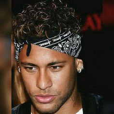 Njr Neymar Jr, Lionel Messi Wallpapers, Funky Outfits, Football Soccer, Fc Barcelona, Celebrities, Hair Styles, Psg, Supreme
