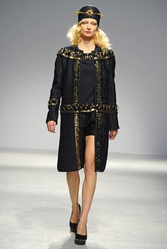 Manish Arora RTW Fall 2013 - Slideshow