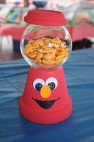 Elmo Goldfish Gumball Machine Centerpiece