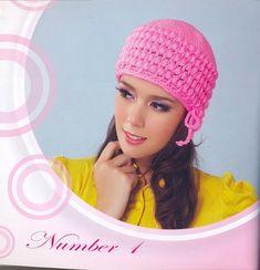 Bellissimi cappelli e berretto all uncinetto per le ragazze  La Rivista  uncinetto - Artigianato 99e0f58171eb