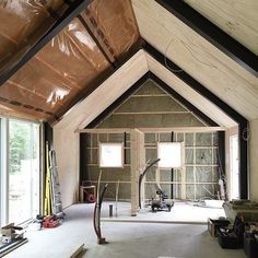 More sheeting... #barnhousecabin #barn #cabin #cabinporn #cabinbuild #camp #campvibes #cabininthewoods #tinyhome #tinyhouse #tinyhousebuild #construction #intothewoods #farm #cottage #lodge #cabinjournal #quietplace