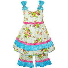 @Overstock - Little girls will look their sweetest in this adorable shabby floral two-piece outfit from Ann Loren. The set includes a sleeveless babydoll top with pink trim and blue ruffles and bow accents, and matching ruffled woven capri pants.http://www.overstock.com/Clothing-Shoes/AnnLoren-Boutique-Girls-Shabby-Floral-B2-piece-Capri-Outfit/6513969/product.html?CID=214117 $26.49