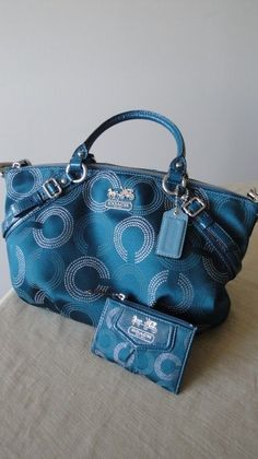Cheap Coach Bags Is Hot Sale At Discount Price, More Orders Will Get More Discount Here.#Coach #Purses#Outlet