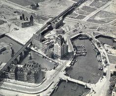 1946 Gezicht op Oude Haven en Blaak gezicht naar Noordwesten . Links de Wijnhaven