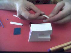 Como hacer una maquina de coser en goma eva. - YouTube
