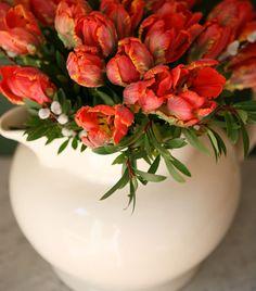Tulips and creamware!