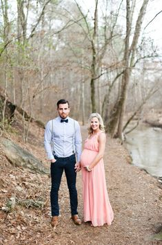 Rustic Atlanta maternity photos by Brita Photography | 100 Layer Cakelet