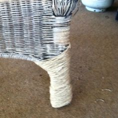 Use hemp to fix fraud wicker chair legs easy and cheap fix