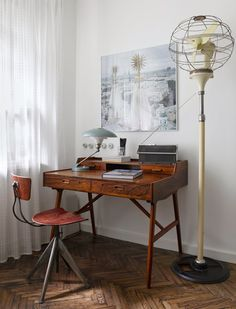 53 Trendy home office inspiration awesome floors Apartment Interior, Apartment Design, Retro Apartment, Interior Architecture, Interior And Exterior, Office Furniture Design, Eclectic Furniture, Cool Apartments, Trendy Home