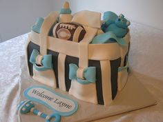 Unconventional baby shower cake that looks like a diaper bag. Baby Shower Cakes For Boys, Baby Shower Diapers, Baby Shower Parties, Baby Boy Shower, Baby Showers, Diaper Bag Cake, Boy Diaper Bags, Fancy Cakes, Cute Cakes