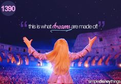 the Lizzie McGuire Movie. Lizzie McGuire premiered on Disney Channel back in Disney Love, Disney Magic, Disney Disney, Disney Pics, Disney Quotes, Disney Stuff, Tv Quotes, Movie Quotes, Old Tv Shows