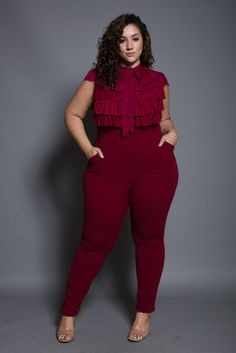 Plus size high waisted bell bottom pants plus size looks, trendy plus size Looks Plus Size, Look Plus, Plus Size Model, Curvy Outfits, Classy Outfits, Plus Size Outfits, Trendy Plus Size Shirts, Molliges Model, Club Cocktail Dresses