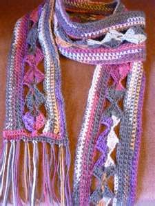 just found my crochet scarf pinned here - wish I hadn't lost it at parents eve all those years ago!!