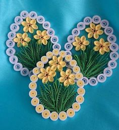23 Easy Paper Quilling Ideas For Kids Neli Quilling, Quilling Images, Quilling Paper Craft, Quilling Flowers, Paper Quilling Tutorial, Paper Quilling Cards, Paper Quilling Patterns, Origami And Quilling, Felt Crafts