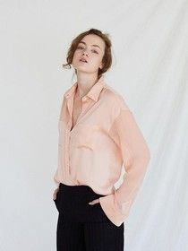 """""""Yumi's Cells"""" is a K-drama starring Kim Go-Eun and Ahn Bo-Hyun. Shop all the clothes, shoes, bags and accessories in the drama here. Korean Fashion Trends, Single Women, Silk, Front Button, Loose Fit, Model, Saints, Sleeves, Composition"""