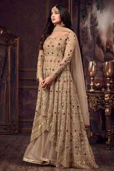 Off white Net Readymade Abaya Style Churidar kameez: Robe Anarkali, Long Choli Lehenga, Costumes Anarkali, Net Lehenga, Anarkali Suits, Bridal Lehenga, Sharara Suit, White Anarkali, Abaya Style