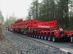 http://www.heavytransport.nl/Mammoet/Fotos/P1010101.JPG