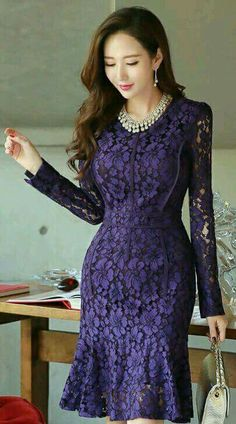 Lace always makes clothes more elegant, especially dresses. Lace gives a dress that elegant classic look and makes it more interesting. Just like any other type of dresses, lace dresses have many d… Next Dresses, Cute Dresses, Short Dresses, Formal Dresses, Midi Dresses, Dresses Dresses, Dance Dresses, Elegant Dresses, Beautiful Dresses