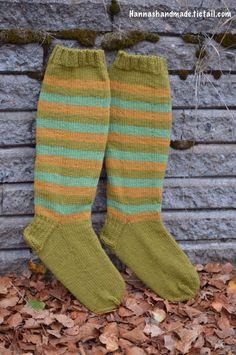 #syksy saa #handmade #polvisukat #madeinfinland #polvaritonpop #autum #kneesocks #forsale #webshop