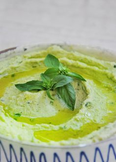 Basil Pesto Hummus Recipe | Gourmandelle | Vegetarian Blog