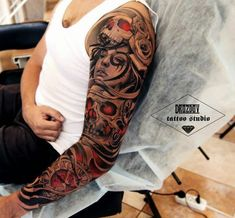 Amazing sleeve by Vladimir Drozdov. Skull Sleeve Tattoos, Sugar Skull Tattoos, Best Sleeve Tattoos, Badass Tattoos, Life Tattoos, Body Art Tattoos, Tatoos, Tattoos Geometric, Tribal Tattoos