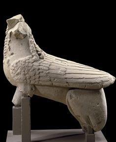 Esfinge de Agost II (Alicante) de finales del s. VI a.C. Pertenece al periodo orientalizante y se encuentra en el museo del Louvre