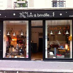 vitrine de la jolie boutique #luluetbrindille #18eme #montmartre #enfant #bébé #naissance #cadeaux