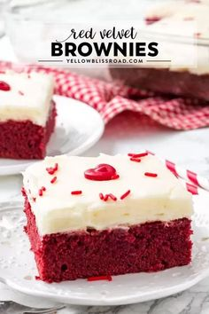 Easy Red Velvet Brow Easy Red Velvet Brownies are extra fudgy with the perfect red velvet flavor and bright red color and topped with a decadent cream cheese frosting. Brownie Red Velvet, Red Velvet Desserts, Red Velvet Recipes, Red Velvet Cheesecake Brownies, Cheesecake Cake, Köstliche Desserts, Holiday Desserts, Holiday Baking, Delicious Desserts