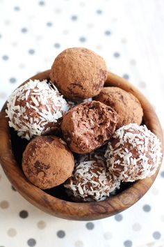 Keto, Lchf, Sugar Free, Almond, Stuffed Mushrooms, Coconut, Vegan, Cookies, Chocolate