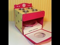 Oven Cupcake Gift Box, Part 2 of 2
