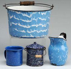 wavy graniteware