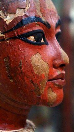Head of Tutankhamun. New kingdom, 18th dinasty, 1336-1327 bC Egyptian Museum, El Cairo, Egypt.