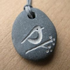 Bird and berries beach pebble necklace
