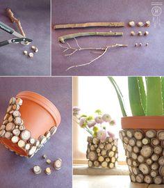 en el espacio de hoy os con una maceta decorada a base de rama de diferentes tamaños.