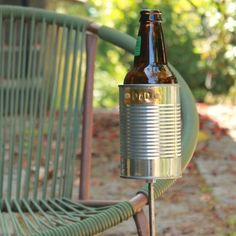 Hobo Tin Can Beer Holder/ Garden Drink Holder-perfect for around the fire pit. Backyard Projects, Outdoor Projects, Home Projects, Backyard Patio, Outdoor Fire, Outdoor Living, Outdoor Decor, Diy Upcycling, Upcycle