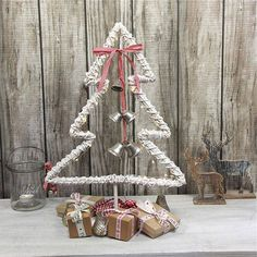 Get Inspired to Decorate your Home with Some Crazy Christmas Ideas