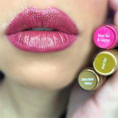 Glitter Gloss, Glitter Eye Makeup, Gold Glitter, Beauty Care, Beauty Makeup, Lipsense Pinks, Kissing Lips, Ombre Lips, Pinterest Makeup