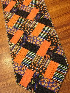 Halloween Quilted Table Runner Decoration by susiquilts on Etsy
