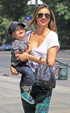 How adorable is Miranda Kerr's son Flynn?! He's SO DARN cute! We dig his momma's oversized aviators too, of course!