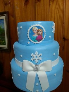 Bolo Da Minnie Mouse, Frozen Party, 3d, Cake, Desserts, Birthday Cakes, Frozen Birthday, Princesses, Tailgate Desserts