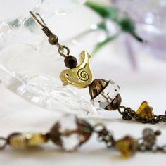 """Boucles d'oreilles poétiques """"oiseaux d'or"""", perles de bohême, métal doré et métal bronze"""