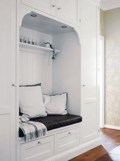 Closet built-ins w/ nook