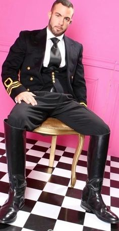 Pin by christopher lee on riding boots in 2019 кожаные сапог Mens High Boots, Leather Men, Leather Boots, Revival Clothing, Mens Boots Fashion, Moda Casual, Men In Uniform, Sharp Dressed Man, Suit And Tie