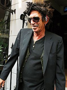 Google Image Result for http://stonesmusic.co.uk/wp-content/uploads/2010/01/playlikekeith.jpg