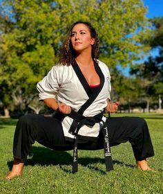 Karate Girl, Martial Arts Women, Female Art, Fashion, Woman Art, Moda, Fashion Styles, Fashion Illustrations