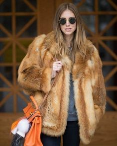 chiara ferragni the blonde salad Fur Fashion, Grey Fashion, Kimono Fashion, Look Fashion, Daily Fashion, Winter Fashion, Petite Fashion, Cool Street Fashion, Street Style Women