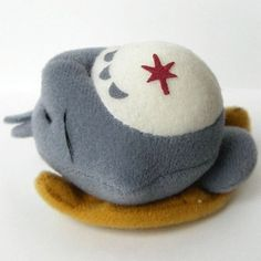 5 left - Mascot - Magnet - Sleeping Totoro - Ghibli - out of production (new)