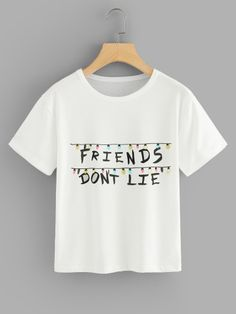 Letter Print T-shirt -SheIn(Sheinside) Crop Tops For Kids, Cute Crop Tops, Shirts For Teens, Cute Lazy Outfits, Girl Outfits, Ropa Pull And Bear, Stranger Things Shirt, Aesthetic T Shirts, Belly Shirts