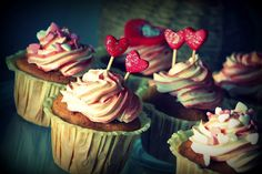 My carrot cupcakes with vanila swiss meringue buttercream